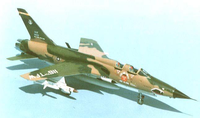 Revell F 105d